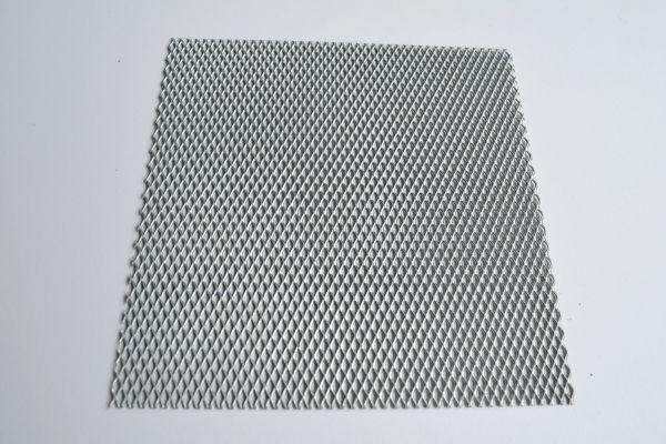 metal-deploye-3DC07F0C2-371C-3B0C-8800-A11276D1E6DC.jpg